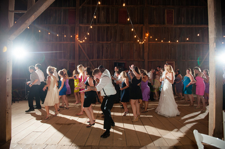 Top Tips to Get Your Wedding Guests on the Dance Floor | 48 Fields Farm in Leesburg, VA